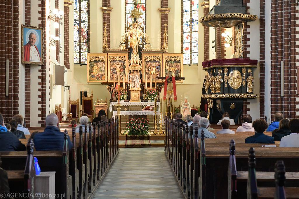 Nowe zasady w kościołach od soboty 30 maja. Rząd zniósł limit osób (zdjęcie ilustracyjne)