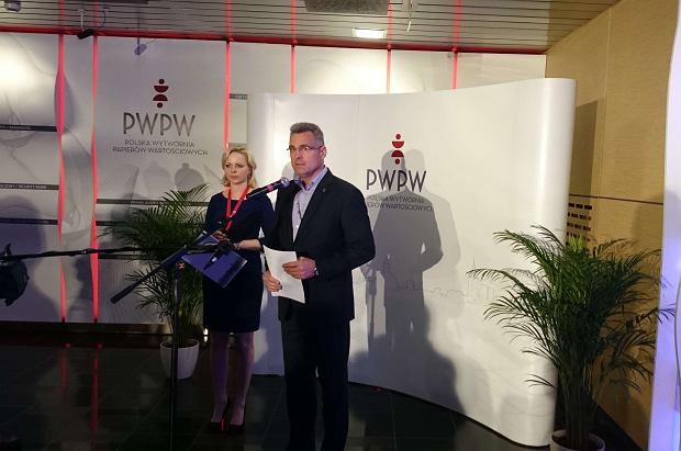 """Zarząd PWPW żąda miliona złotych od """"Newsweeka"""". HFPC: To tłumienie krytyki prasowej"""