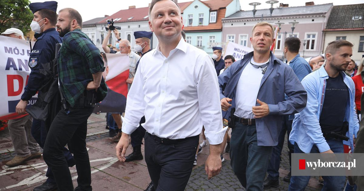 Wybory prezydenckie 2020. Prezydent Andrzej Duda na wiecu ...