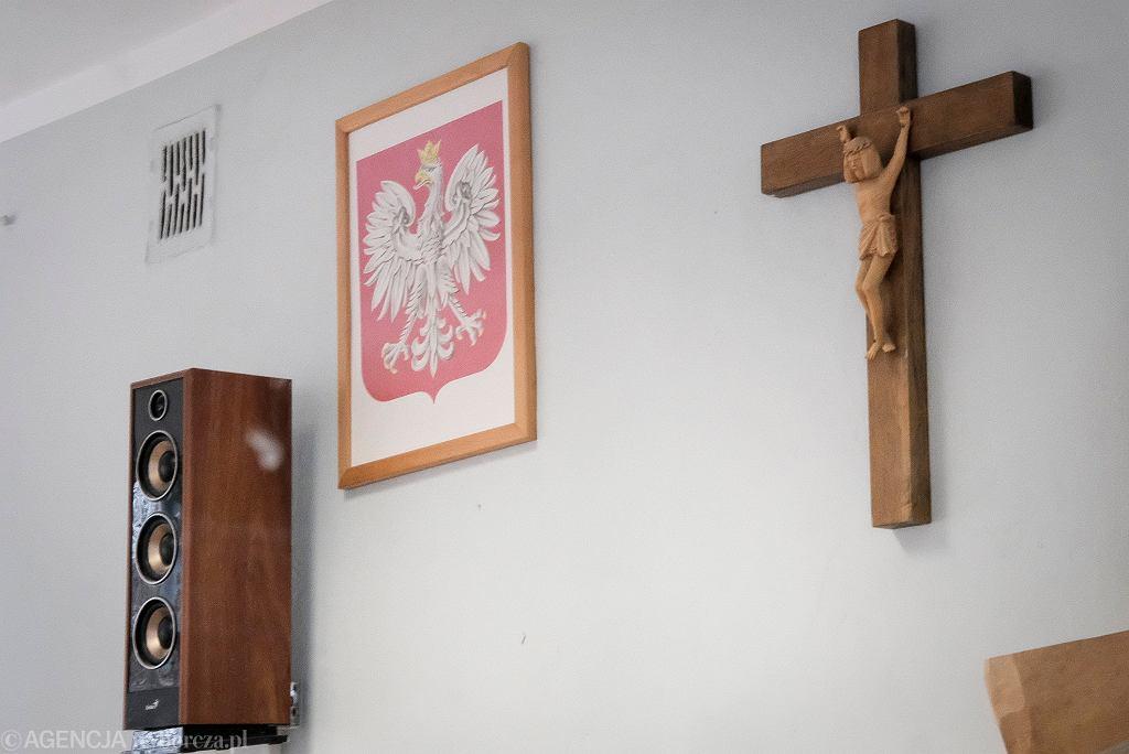 Obowiązkowa religia lub etyka w szkole? Jest opinia ZNP