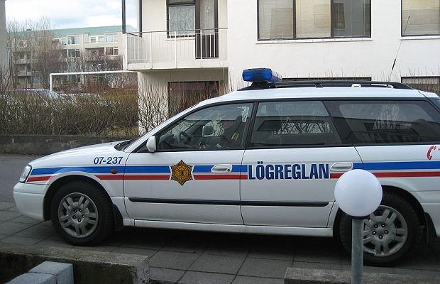 Policja w Islandii