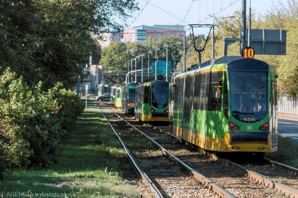 Korek tramwajowy na ul. Pułaskiego po wypadku na Roosevelta