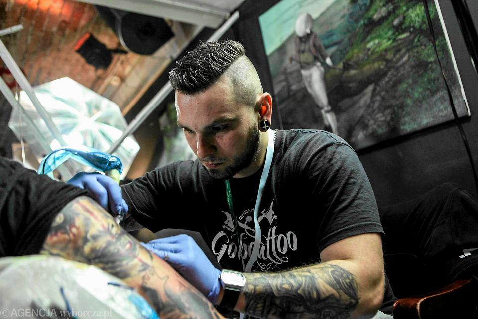 Tatuaż Ma Być Sztuką A Nie Modą Wywiad Z łukaszem Gobo