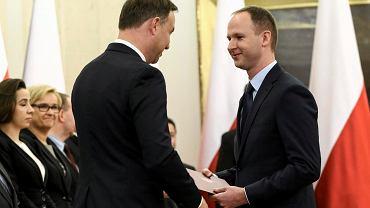 Prezydent Andrzej Duda oraz doktor Marek Chrzanowski podczas powołania członków Narodowej Rady Rozwoju.