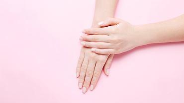 To, jak szybko rosną nam paznokcie, to w dużej mierze indywidualna sprawa
