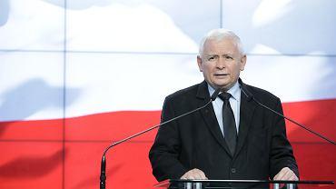 Prezes Prawa i Sprawiedliwości Jarosław Kaczyński podczas oświadczenia ws. umowy koalicyjnej liderów Zjednoczonej Prawicy.