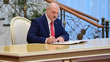 Aleksander Łukaszenka podczas tajnej inauguracji, 23 września 2020 r.