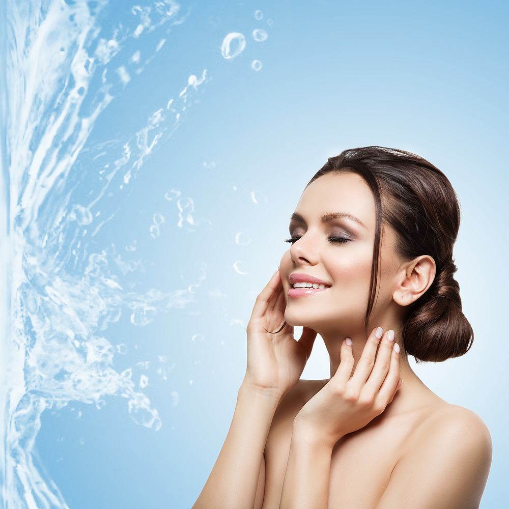 Elastyna - białko znajdujące się w tkance łącznej skóry. Nadaje jej znaczną rozciągliwość i elastyczność