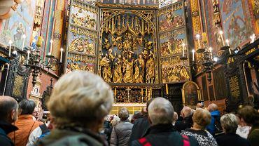 541 lat temu Wit Stwosz rozpoczął pracę nad nastawą ołtarzową w kościele Mariackim w Krakowie.