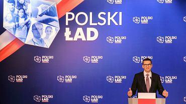 Mateusz Morawiecki podczas spotkania w Przecławiu na którym przekonywał do zalet programu Polski Ład