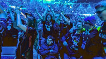Przez dwa weekendy (w lutym i marcu) zmagania gwiazd e-sportu podczas Intel Extreme Masters obserwowało w Spodku i MCK łącznie 174 tys. fanów. W internecie imprezę zobaczyło 232 mln osób.