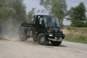 Jak się jeździ Unimogiem? Terenowa ciężarówka jest pełna niespodzianek