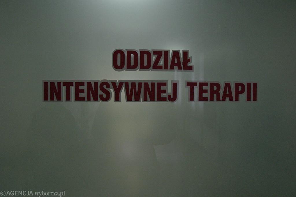 Wypadek w Krępie Słupskiej. 5-letnią dziewczynkę przygniotła komoda
