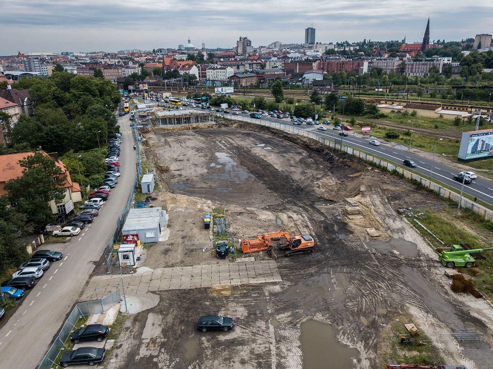 Budowa międzynarodowego dworca autobusowego przy ulicy Sądowej w Katowicach