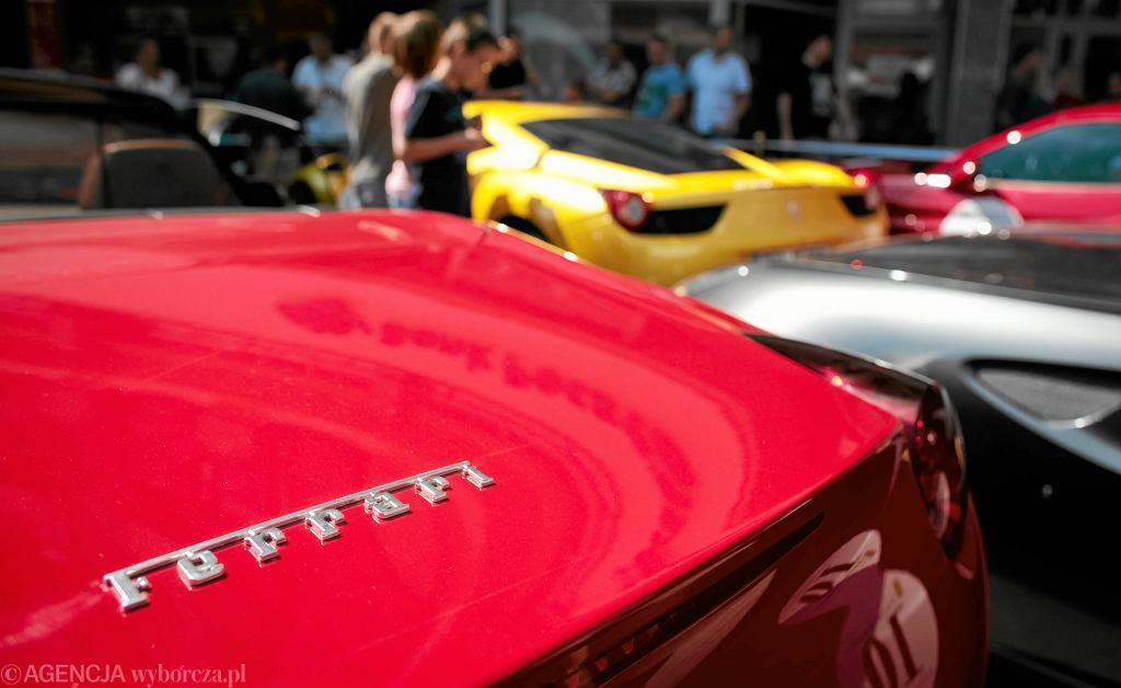 WOŚP. Czerwone Ferrari z historycznej aukcji zmieniło już właściciela. Stan kolekcjonerski, 'nie może być bity'