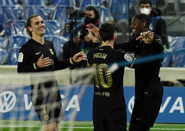 """Legenda Realu Madryt wzburzona po ostatnim meczu FC Barcelony. """"Sędzia otrzyma nagrodę"""""""