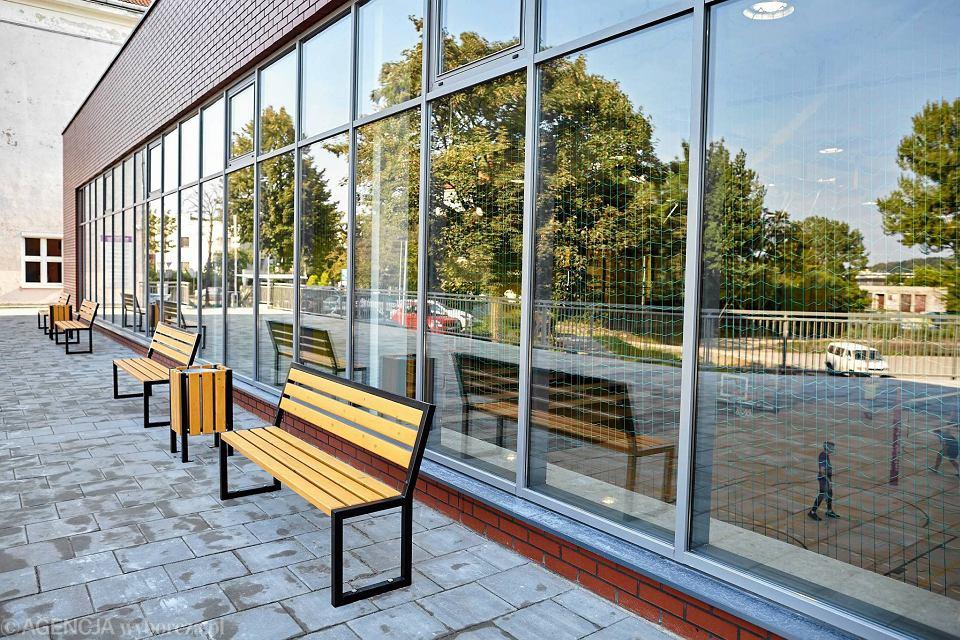 Zdjęcie numer 8 w galerii - VI LO w Gdyni ma wreszcie porządną salę gimnastyczną [ZDJĘCIA]