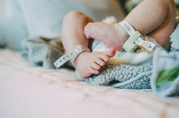 Lekarze podejrzewali, że to nowotwór. Okazało się, że dziecko urodziło się ze 'zduplikowaną jamą ustną', miało też dwa języki