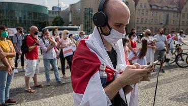 Demonstracja w centrum Poznania przeciw dyktaturze na Białorusi