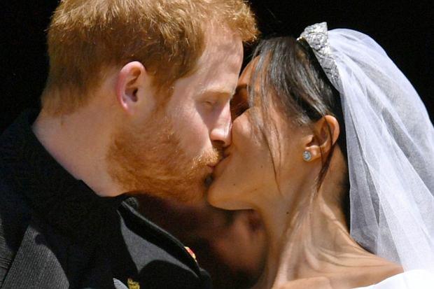 Meghan Markle i Harry stanęli na ślubnym kobiercu w 2018 roku. Jednak dopiero teraz na jaw wyszły niektóre fakty z ich przyjęcia weselnego.