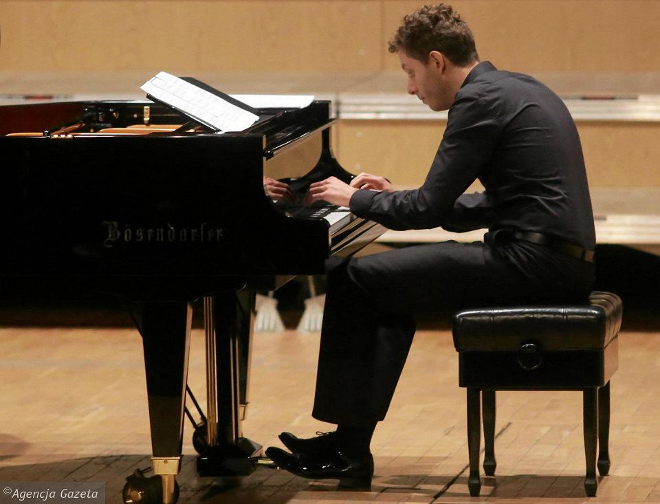 Zdjęcie numer 2 w galerii - Desant pianistów z Azji najlepszy. Finał Konkursu Duetów Fortepianowych