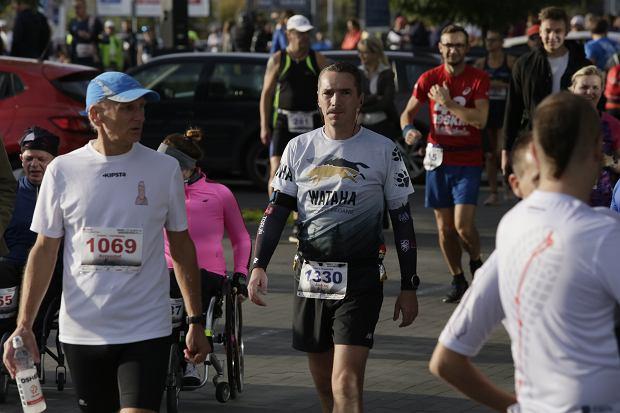 Zdjęcie numer 13 w galerii - Ponad 1200 biegaczy na starcie 37. Toruń Maraton, wygrał Łukasz Oskierko [ZDJĘCIA]