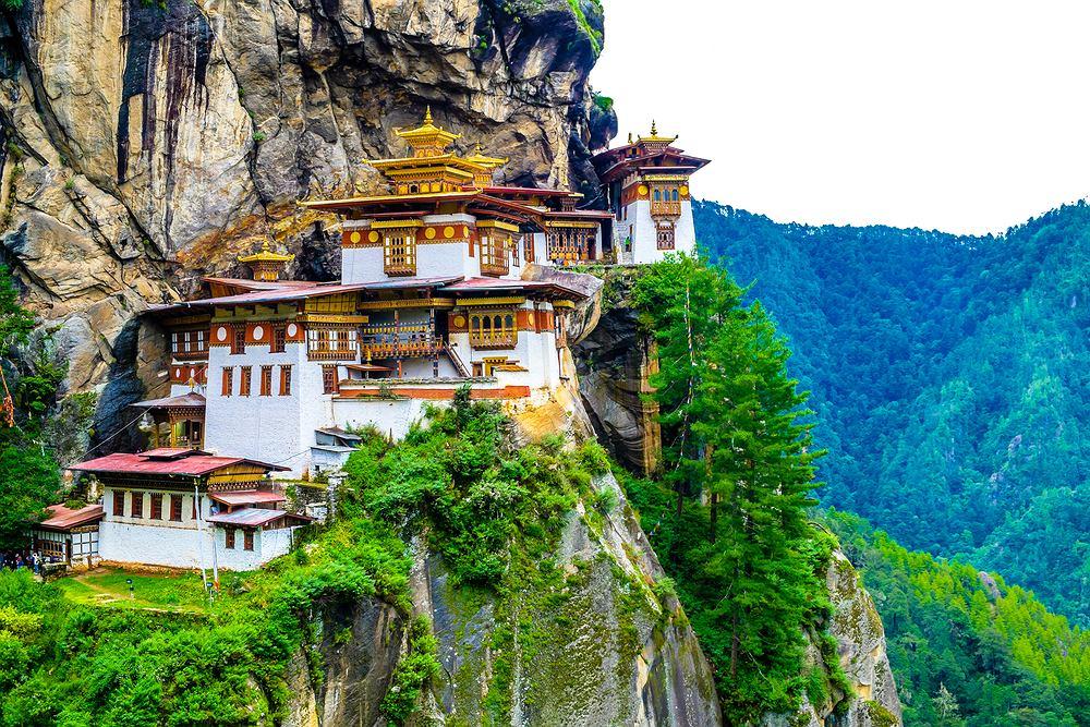 Klasztor Paro Taktsang w Bhutanie zwany Tygrysim Gniazdem