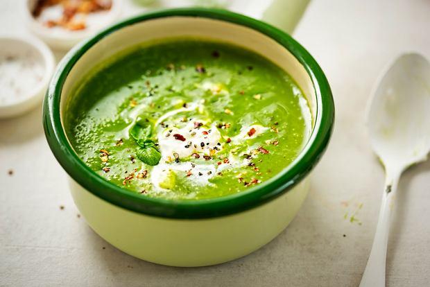 Zupa brokułowa - krem z grzankami: przepis, sposób przygotowania. Zrób, bo jest pyszna!