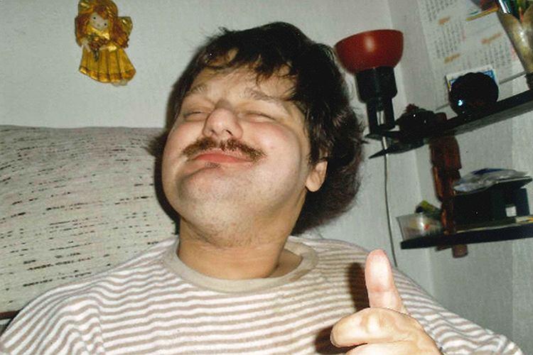 Rafał Krysiak, niepełnosprawny od urodzenia. Opiekuje się niem samotna matka