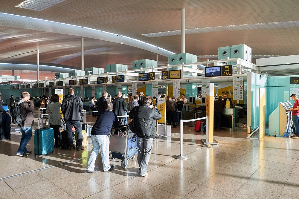 Burmistrzyni Barcelony chce zlikwidować część połączeń z lotniska El Prat