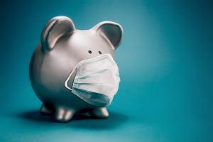 W pandemii więcej oszczędzamy. W co inwestować tę kasę?