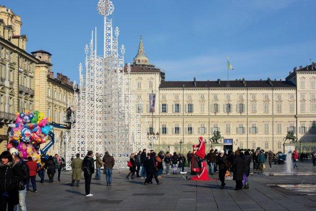 Choinka w Turynie we Włoszech