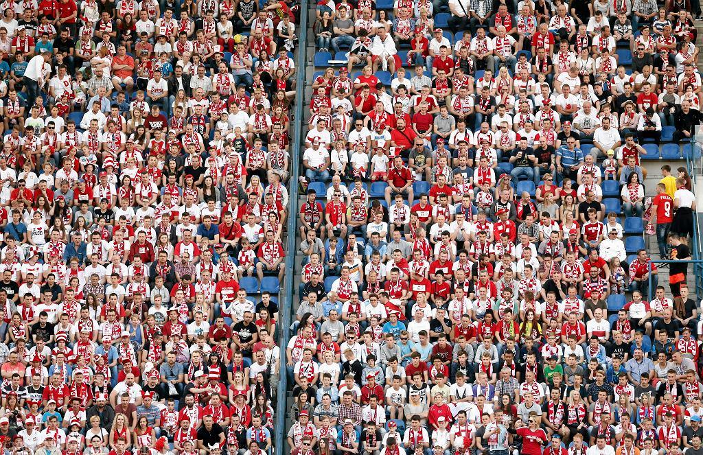 Ktoś ukradł 40 biletów na mecz Polska-Litwa