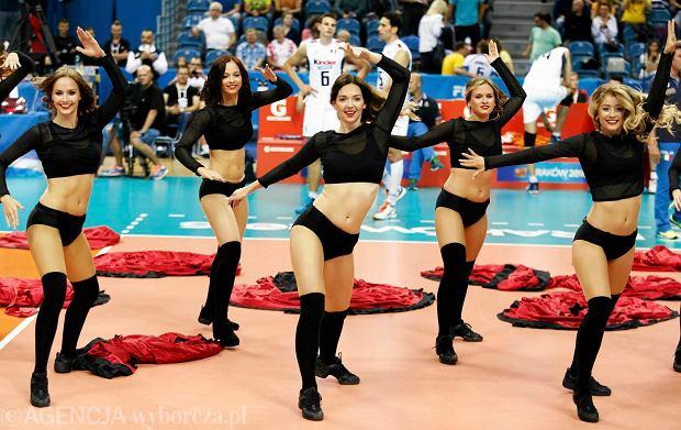 Zdjęcie numer 9 w galerii - Wszystkie przebrania cheerliderek na Ligę Światową w Tauron Arenie Kraków
