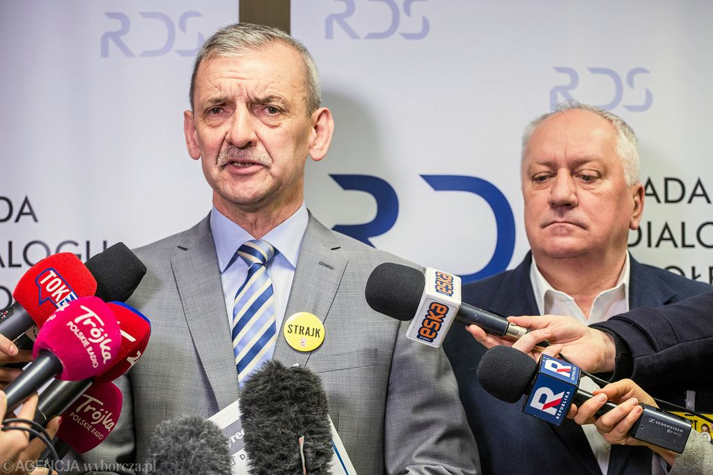 Sławomir Broniarz, Grzegorz Gruchlik. Negocjacje rządu ze związkami zawodowymi