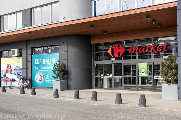 Niedziele handlowe 2018. Jak otwarte są sklepy Carrefour?