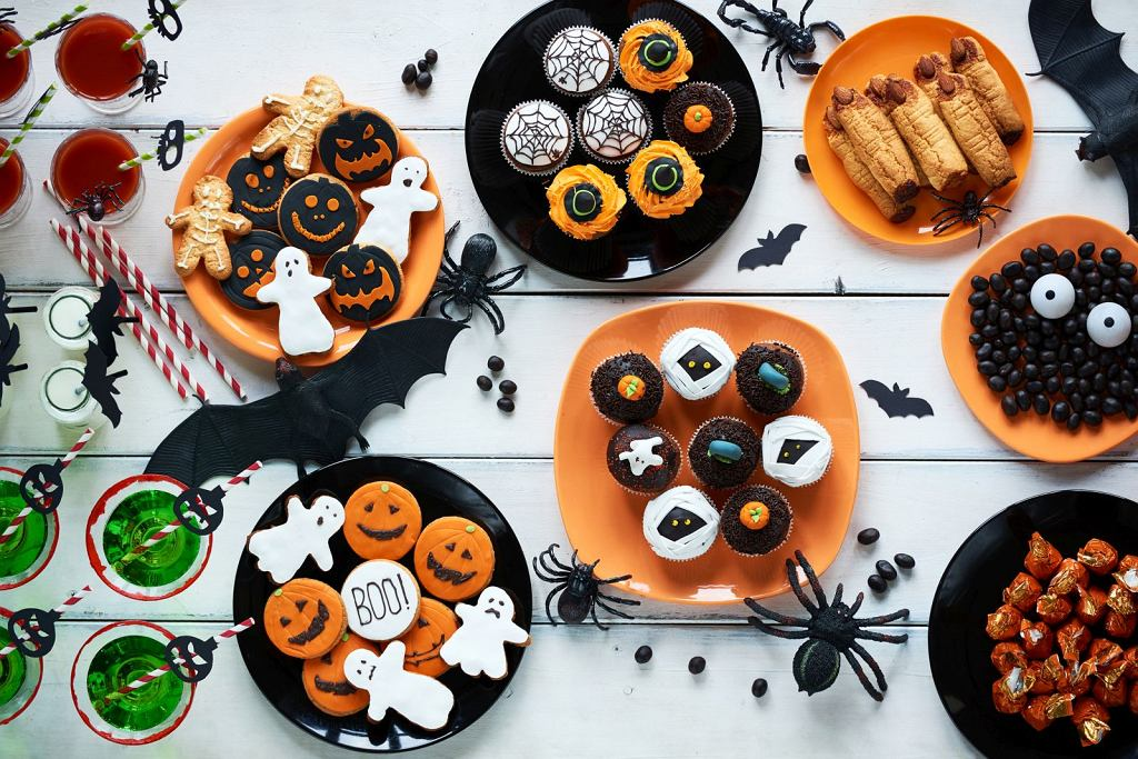 Happy Halloween 2017 - przepisy na łatwe do przygotowania przekąski, ciasteczka i drinki