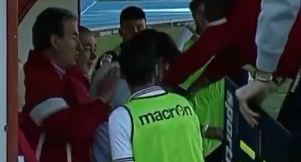 Trener uderzył swojego podopiecznego