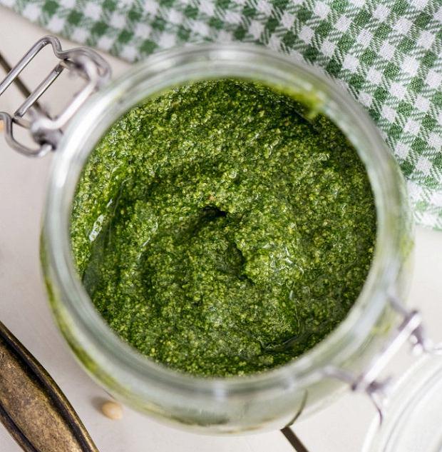 Ostre pesto i zielona zupa, czyli jak wykorzystać rzeżuchę