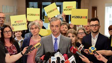 Sławomir Broniarz: ZNP zawiesza strajk