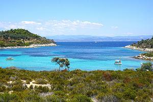 Grecja, Bułgaria, Wyspy Kanaryjskie - idealne kierunki na wakacje z dzieckiem. Oferty już za 2000 zł