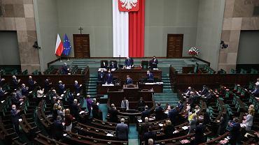 PiS przegrywa dwa głosowania w Sejmie.