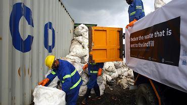 Nepal. Himalaiści sprzątali Mount Everest. Zebrali cztery ciała i 11 ton śmieci