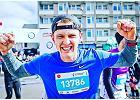 Maratończyk, który ważył prawie 100 kg. Schudł, dzięki bieganiu i treningom z Ewą Chodakowską