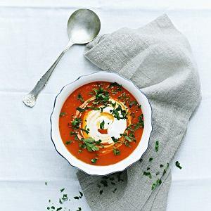 Gazpacho z malinowych pomidorów