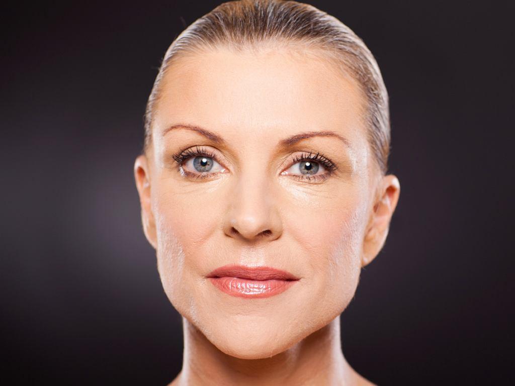 Makijaż dzienny dla dojrzałej kobiety