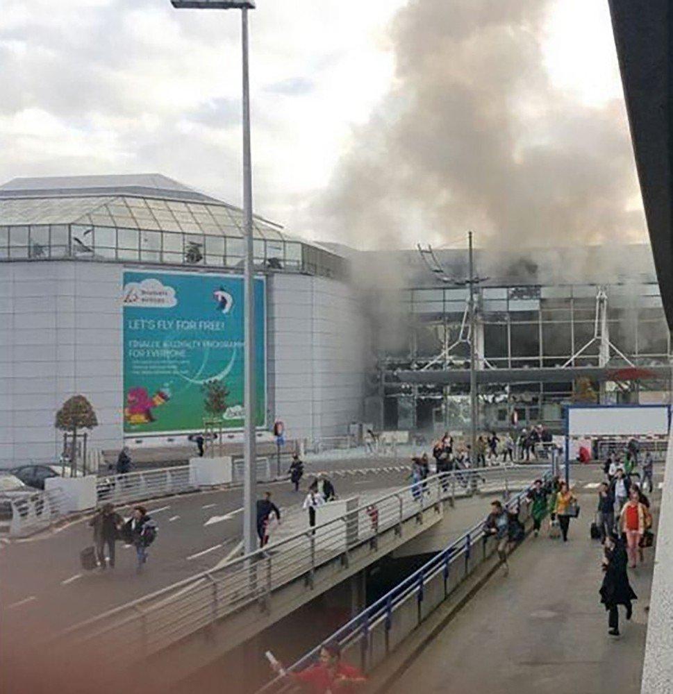 Zamach na brukselskim lotnisku Zaventem. W terminalu doszło do dwóch wybuchów - prawdopodobnie bomby zdetonowali zamachowcy samobójcy