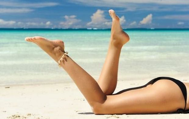 Jak wyróżnić się na plaży, czyli niezbędnik plażowiczki
