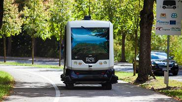 Prezentacja autonomicznego busa na trasie do zoo w Gdansku