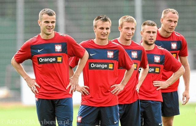 Trening reprezentacji Polski w 2011 roku. W środku Szymon Pawłowski